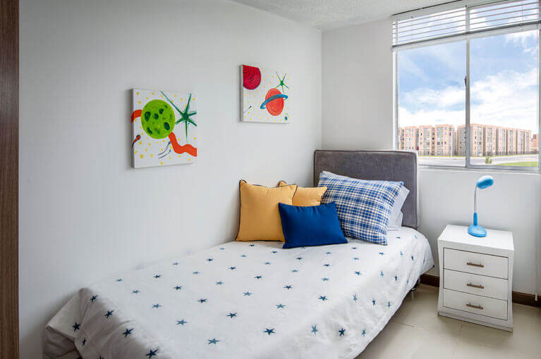 Auxiliary bedroom in apartment at Verbena Ciudad Verde residential project in Soacha
