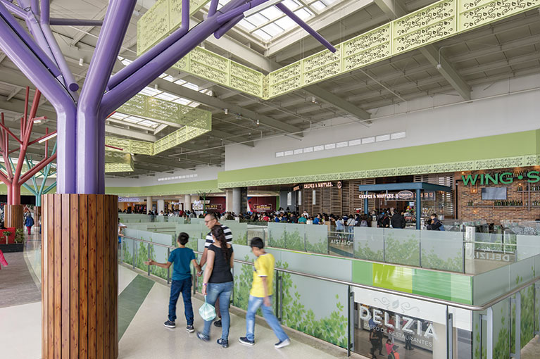 Restaurants at Ventura Terreros Shopping Center commercial project in Soacha