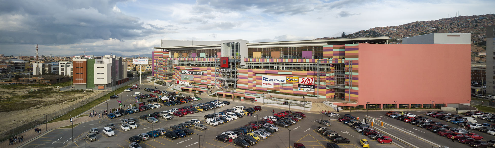 Ventura Terreros Shopping Center is a commercial project located in Soacha